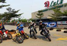 Pembalap FIM Asia Supermoto Gelar Latber Dengan Komunitas