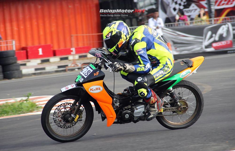 Datang Jauh Dari Lampung, KJR MVK Racing Team Borong Piala di Montesz Road Race Lahat