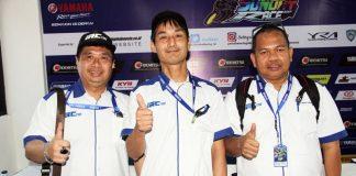 IRC Riset Ban Balap Radial Untuk Sport 250cc, Teknisi Jepang Turun Langsung di Seri 3 YSR 2017