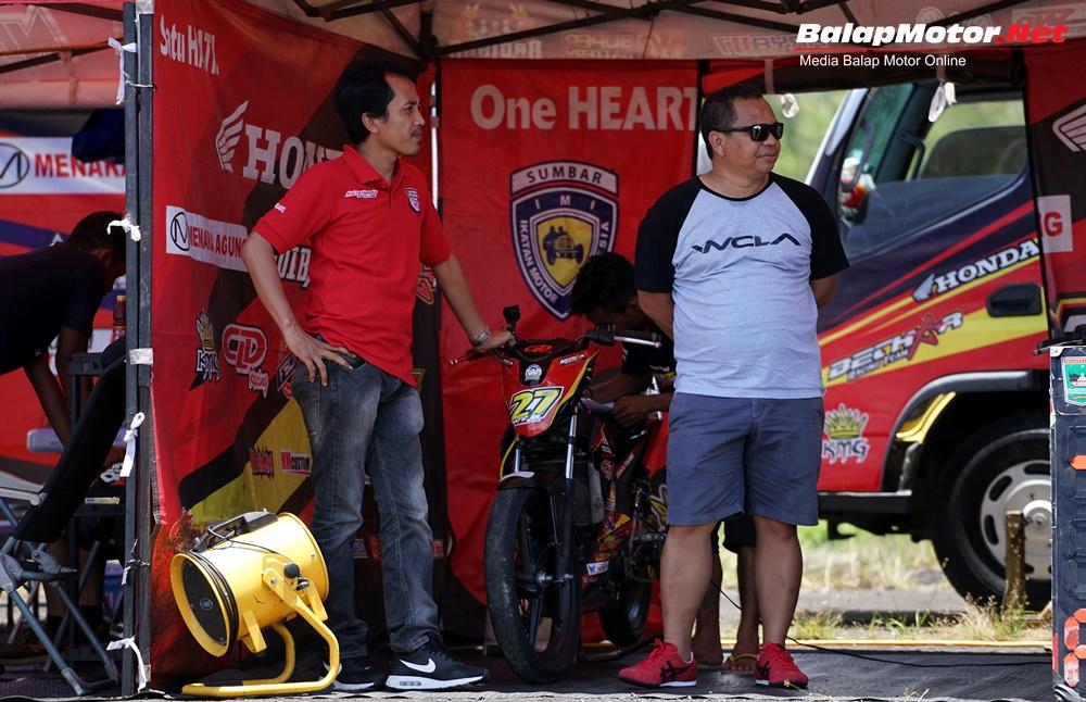 Ban IRC Sapu Bersih Kualifikasi Motoprix Padang 2017