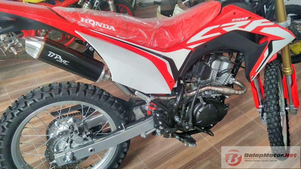 Knalpot B Pro Racing Untuk Honda CRF150 Meluncur, Jaminan Kualitas Deh