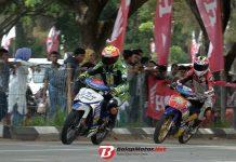 Fokus Jaga Racing Line, Reza Fahlevi Sukses Bendung Gempuran Safrianto Ilham
