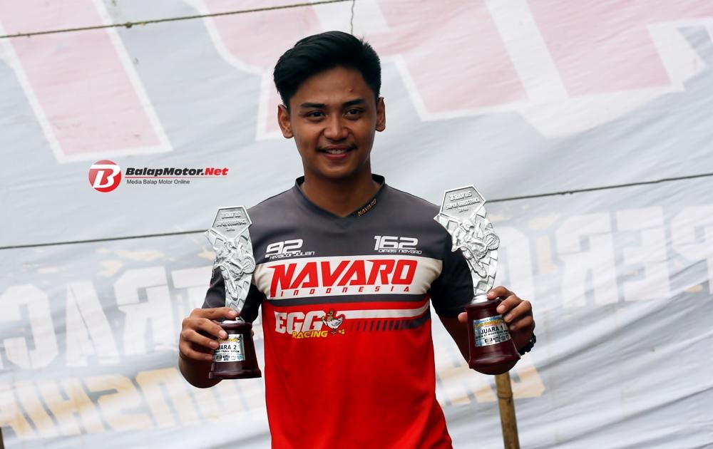 Rivaldi Julian Navaro Indonesia Juara Umum Bravos Super Grasstrack Championship 2018