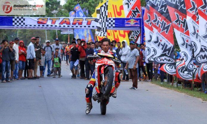 Road Race Lampung: Gerry Gendut Racing Team Antar Andreas Gunawan Rajai Kelas MP1 dan MP2