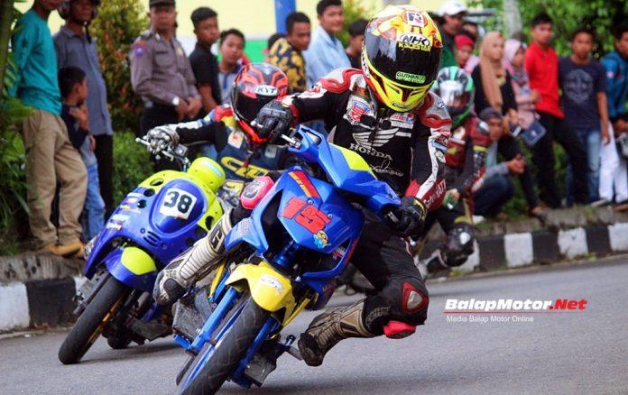 Taklukan Track Licin, Yayank Erlando Rajai Dua Kelas Matic Bhayangkara Road Race Open Championship 2018