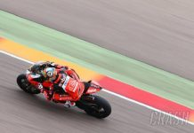 start-dari-posisi-ke-11-chaz-davies-juarai-race-2-jonathan-rea-runner-up