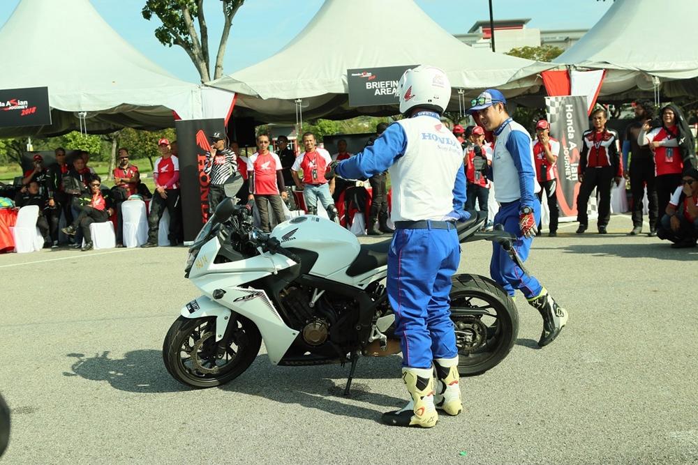 22Bikers Big Bike Honda Indonesia Jelajah Malaysia