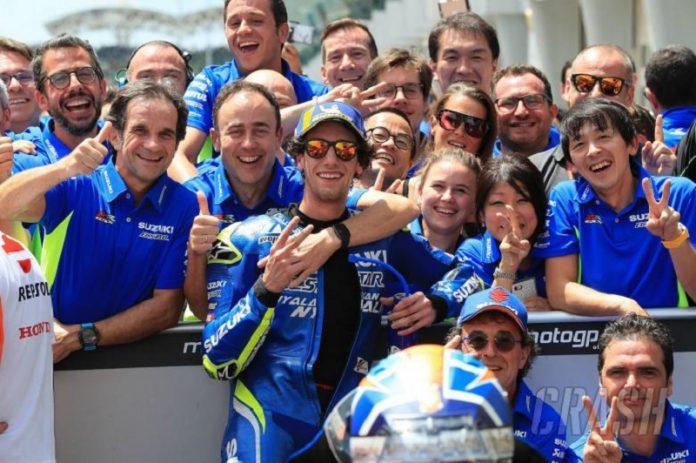 suzuki-kembali-buat-kejutan-musim-ini-alex-rins-podium-kedua-di-motogp-malaysia