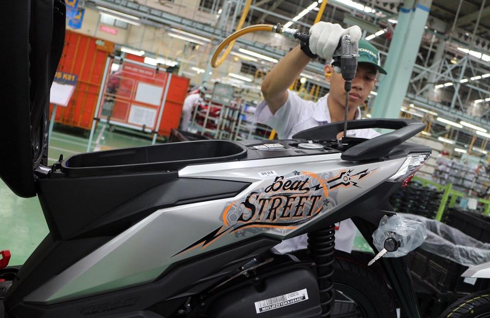 New Honda BeAT eSP dan New Honda BeAT Street eSP Punya Warna & Grafis Baru